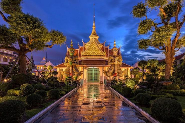 Wat Arun   Temple of Dawn   Thailand