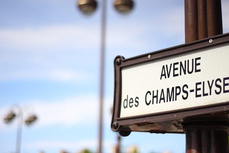 Avenue des Champs-Elysees, Paris.