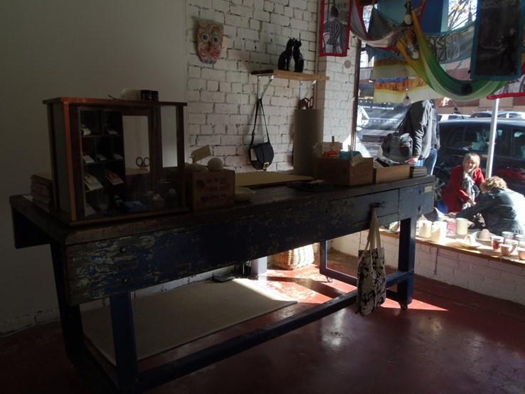 Funky cash desk in Pussycat Black