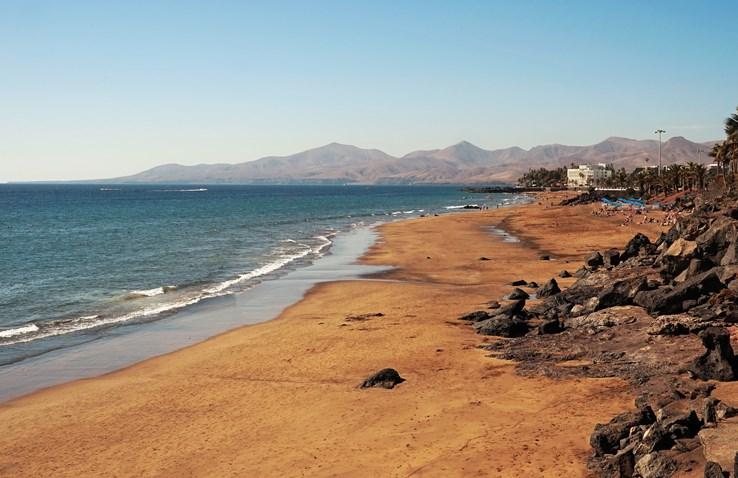 Puerto Del Carmen Beach   Lanzarote