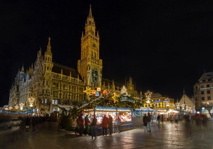 Christmas Market in Marienplatz