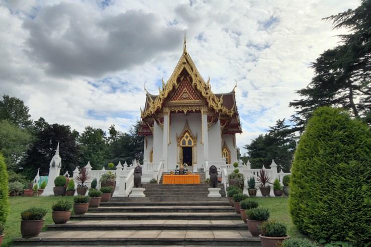 Wat Buddhapadipa | London